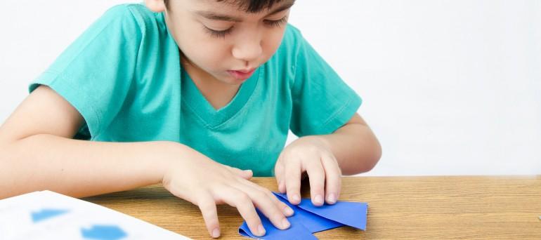 origami niño - Escuela Infantil Menuts